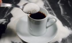 Açúcar é uma bomba para os hipertensos