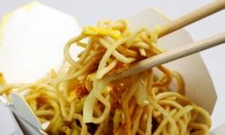 Comer noodles instantâneos pode provocar ataque cardíaco, diz estudo